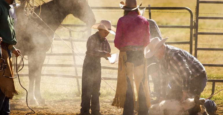 11-19 cattle ranchfamily.jpg