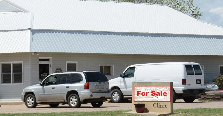 Veterinary clinic building