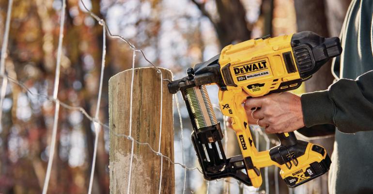DEWALT announces 20V MAX cordless fencing stapler
