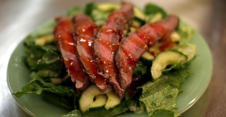 Researchers warn about health risks of vegetarianism