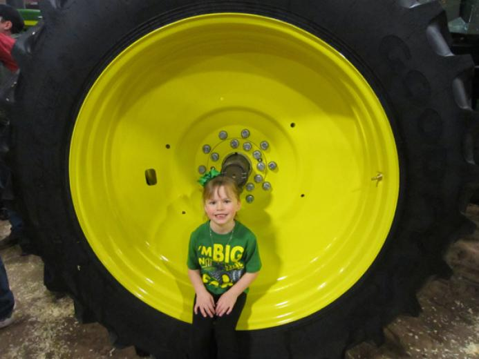 Big On The Farm by Barry Pollard