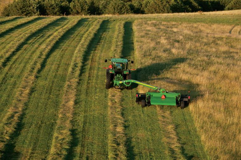 Additions to John Deere's mo-co line
