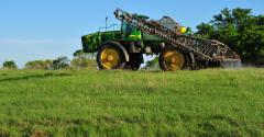 forage spraying tips to control toxic weeds