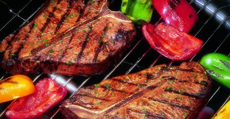 10-22-20 beef-steak-and-veggies-on-grill-beef-checkoff_0.jpg